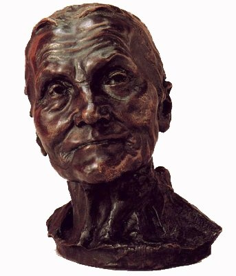 """Camille Claudel - """"La vieille Hélène"""" - c. 1885 -  A 21 ans, après la production de ses premiers travaux - """"Le vieux Helena"""" et «Paul avait treize ans» - Camille Claudel est acceptée comme apprentie au studio d'Auguste Rodin."""