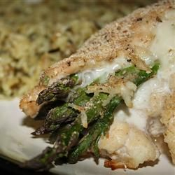 "Asparagus and Mozzarella Stuffed Chicken Breasts. Not as figure friendly as the TOH recipe I posted on my ""Gettin' Skinny"" board, but this sure sounds delish!"