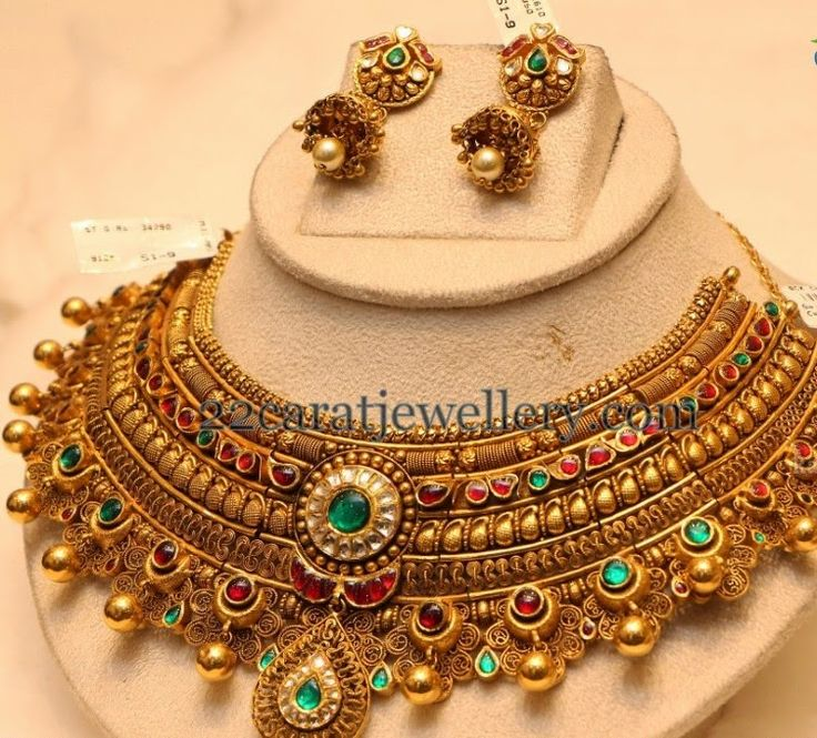 Jewellery Designs: Antique Choker with Colorful Kundans