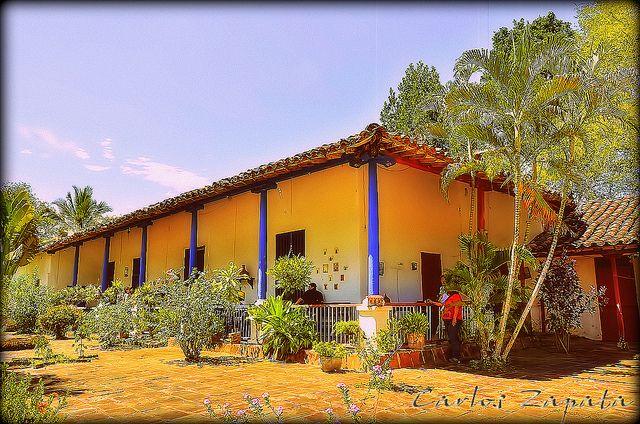 El Hotel Portòn del Sol te da la bienvenida a Santa Fe de Antioquia. WWW.PORTONDELSOL.COM