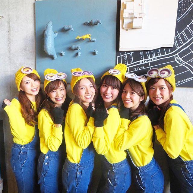 USJ(ユニバーサルスタジオ)へ行くなら、ミニオンコーデで決まり☆かわいすぎるミニオンコーデ・ミニオンコスプレの画像を集めました♡  双子コーデ・カップルでの