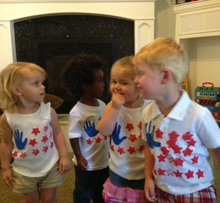4th of July shirts DIY using star stamps and hand prints.