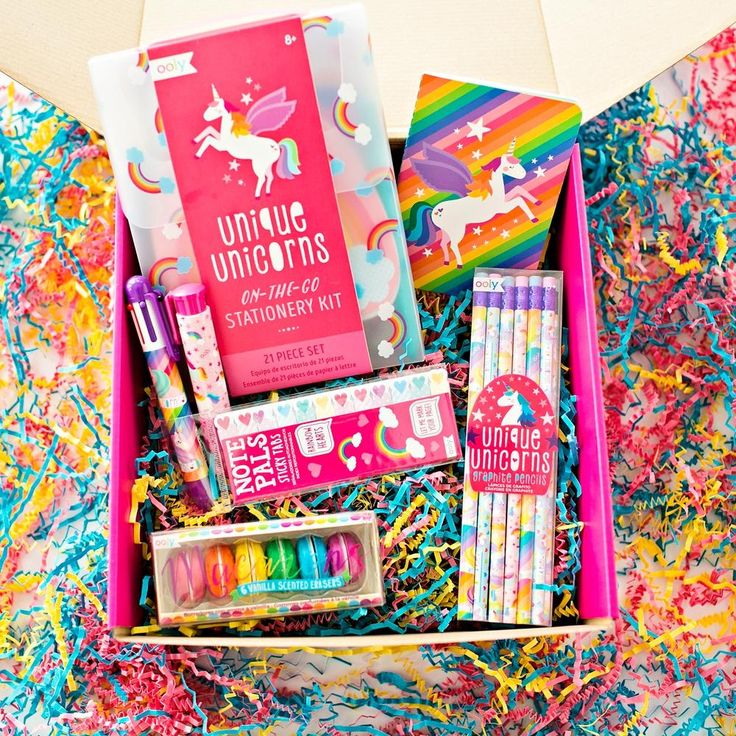 Stationery Gift Set Girl gift baskets, Diy stationery