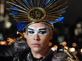 Luke Steele. Arguably the coolest man on the planet...and hottest