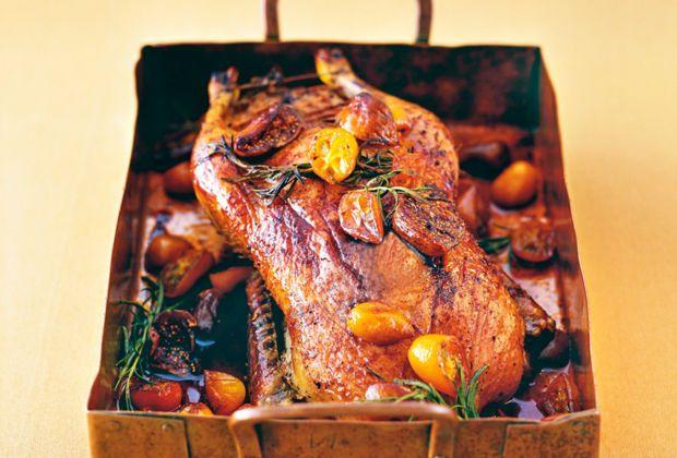 Was wäre ein Festtagsmenü ohne Ente?Dieseleckeren Enten-Gerichtemachen euer Weihnachtsfest zu einem richtigen Highlight. Probiert sie aus, die köstlichen Enten-Rezepte!