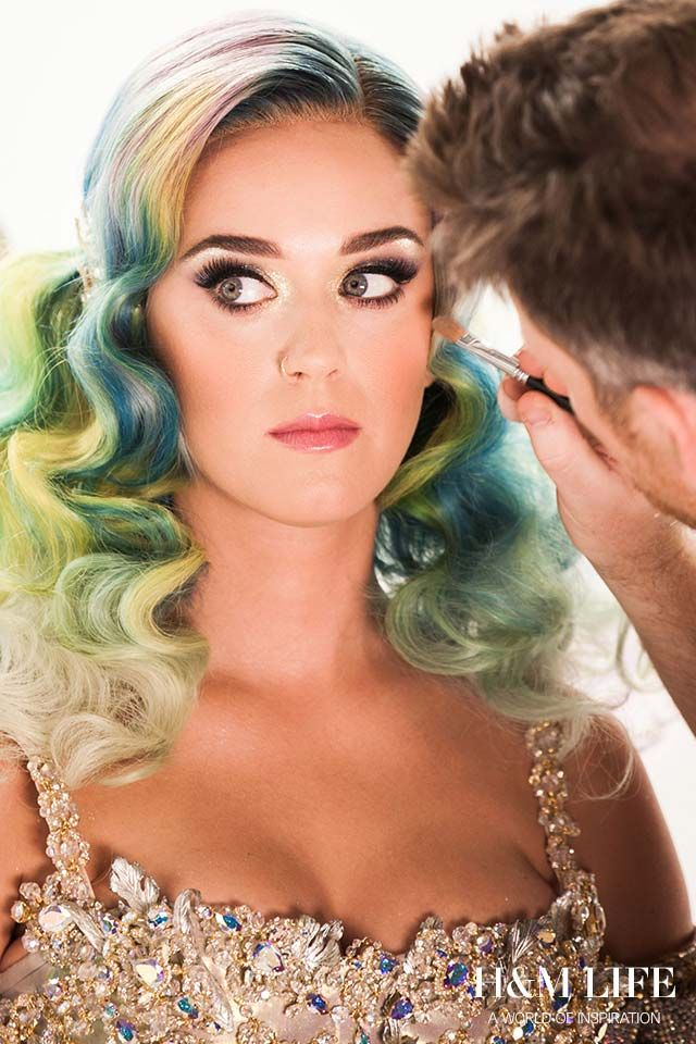 Katy Perry talks confidence and beauty secrets in an exclusive interview. | Read more at H&M Life