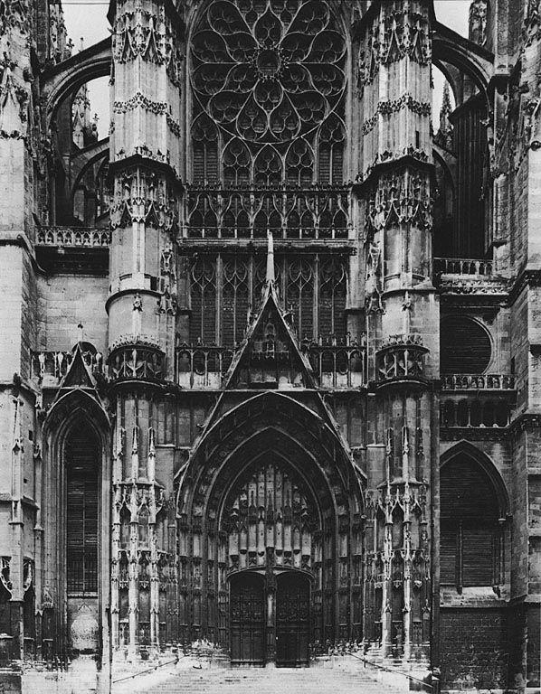 Cathédrale Saint-Pierre de Beauvais, France (1225)