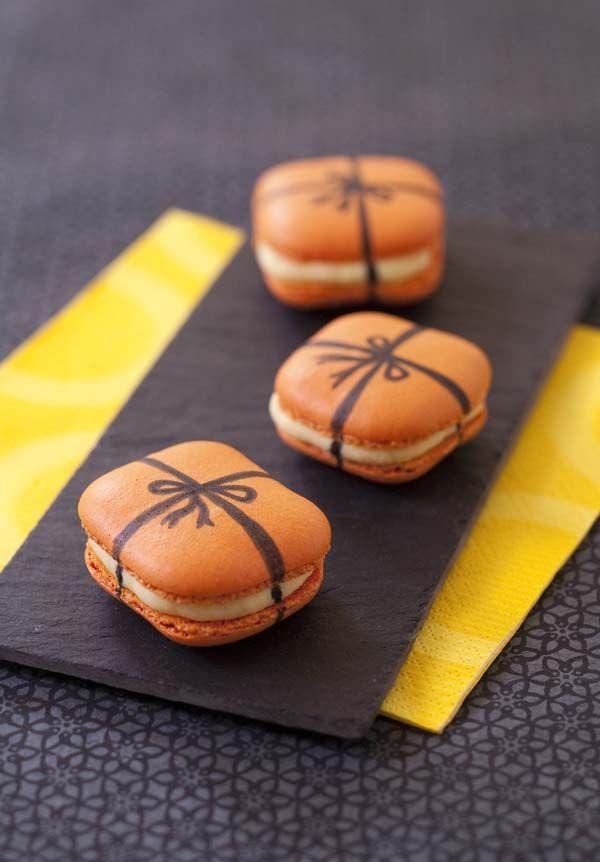 Recette Macarons carrés cadeau de Noël - Orange macarons recipe like a christmas gift