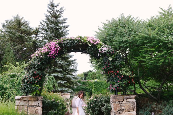 Mandi nelson photography bridals groomals at thanksgiving point pinterest posts for Loggia garden thanksgiving point