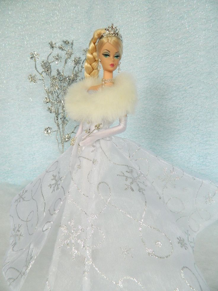 *Frozen Fairytale* Holiday Fashion for Silkstone by Joby Originals