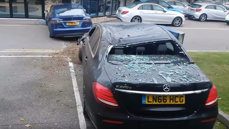 Tesla Model S Crashes Into Mercedes Dealership Weird accidents seem to be happening with Tesla cars and the most recent one shows how a Tesla Model S crashes into Mercedes Dealership in a truly bizarre manner. It all happened these past days in London, when a Tesla car seems to have lost the control on the Foxholes roundabout and projected...