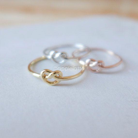 noeud d'amour anneau en or argent ou rose par applelatte sur Etsy, $12.80