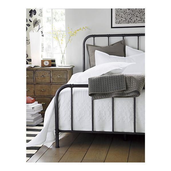 Slate sheets w/ white bedding