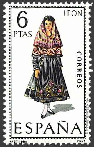 Traditional costumes of Spain: Leon