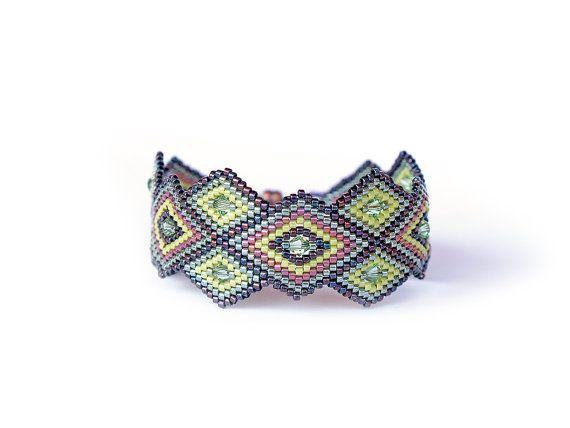 Hey, I found this really awesome Etsy listing at https://www.etsy.com/listing/155427300/rhombus-geometric-peyote-bracelet