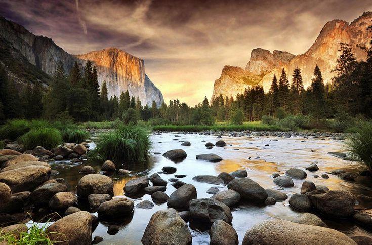 Valley Of Gods, Yosemite Park. Photo by John B. Mueller