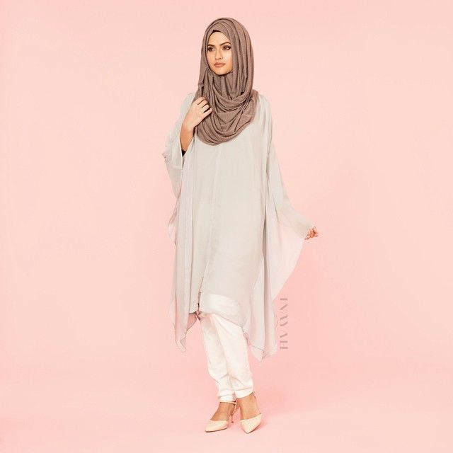 INAYAH | Grey Batwing Midi Dress - http://bit.ly/1FMrcIz White Trousers (coming soon)