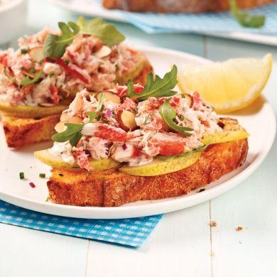 Tartines au crabe, poires et roquette - Recettes - Cuisine et nutrition - Pratico Pratique