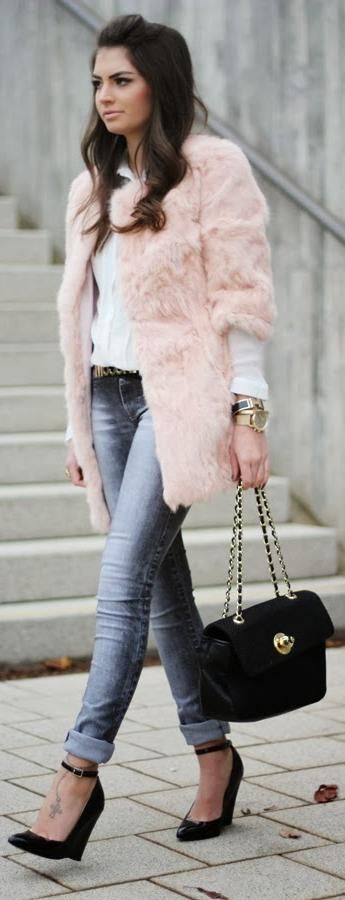 faux fur is back http://www.fashionhippieloves.com/2013/11/faux-fur-is-back.html dont like how shirt is longer but love rest of it