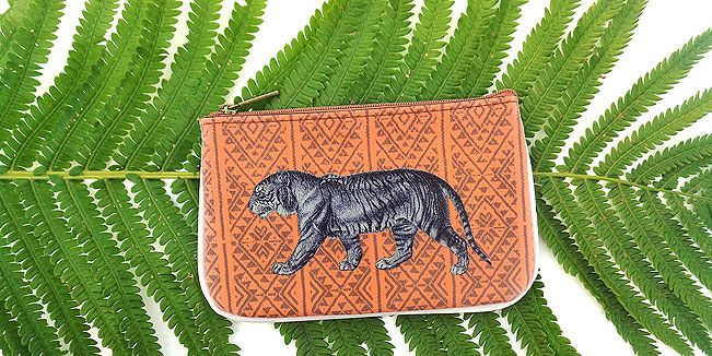 Tiger vegan leather pouch by Mlavi Studio. Wholesale available at http://mlavi.com/mlavi-animal-themed-vegan-bag-wallet-and-accessories-wholesale.html #animal #vegan #wholesale #fashion #accessories #gift