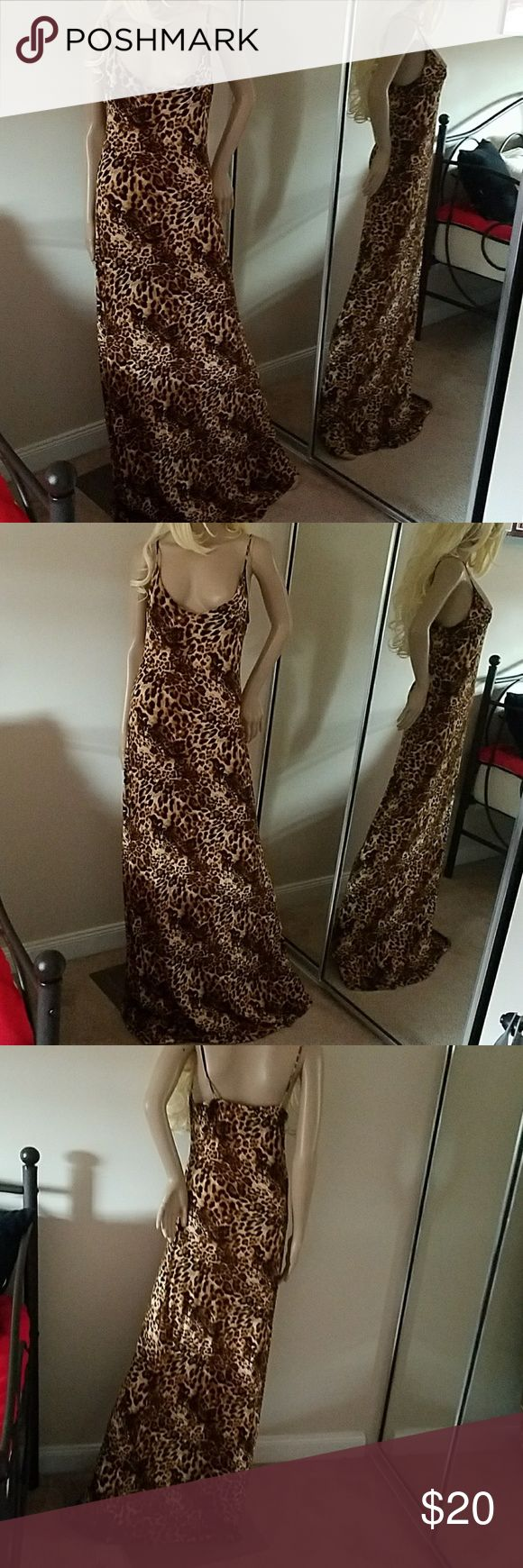 Alloy tall v neck spaghetti strap maxi dress L Alloy tall extra long maxi dress leopard print v neck size L worn 2x washed cold hand wash and hung ALLOY Dresses Maxi