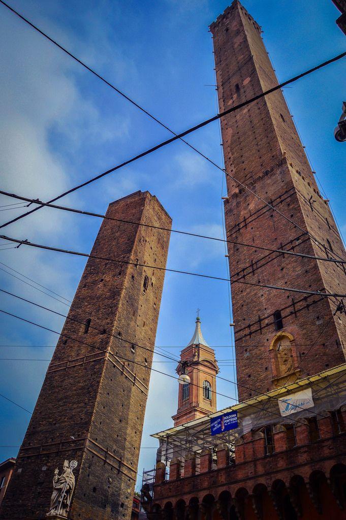 Juego de.....Torres (Bologna - Italy)