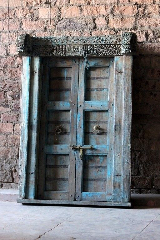 Priya Recycled Subtle Carving 'Fotress Door'