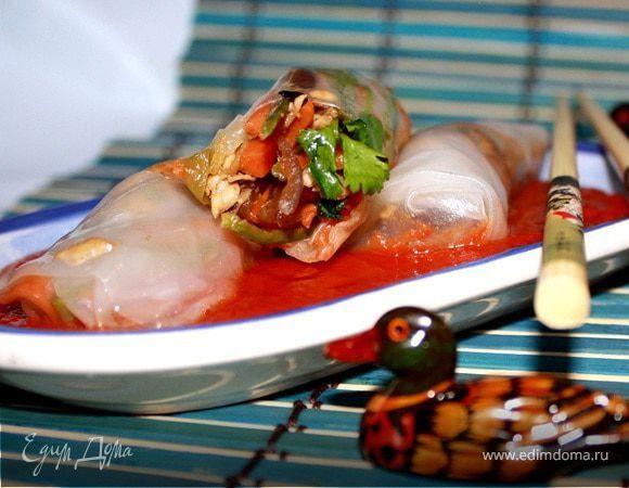 Вьетнамские рисовые блинчики в кисло-сладком соусе