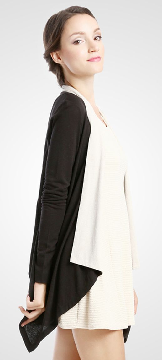 Along and flowy outer wear that is very comfy to wear. Design by Moment. http://www.zocko.com/z/JHxF1