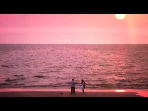 Häikäiseviä auringonlaskuja Goasta   INDIVUE