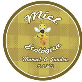 Diseño de las etiquetas de unos tarros de miel los entregaron también junto al tarro de mermelada que habéis podido ver anteriormente.