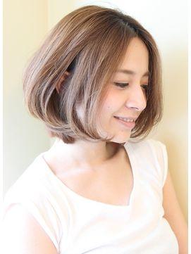 大人女子・30代・40代にオーダー多いボブスタイル - 24時間いつでもWEB予約OK!ヘアスタイル10万点以上掲載!お気に入りの髪型、人気のヘアスタイルを探すならKirei Style[キレイスタイル]で。