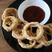 Crumbed onion rings (baked not fried)