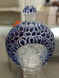 Lalique La Violette Perfume Bottle