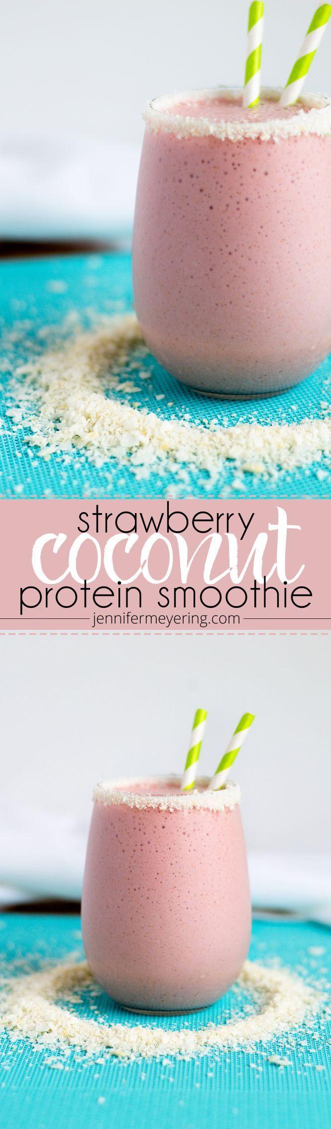 Smoothie de proteínas de fresa y coco.