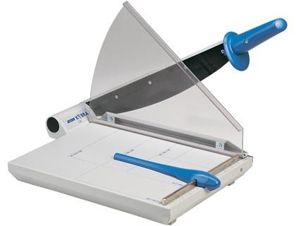 Cizalla metalica de palanca Kobra  http://www.20milproductos.com/maquinas-de-oficina/cizallas-y-guillotinas/cizalla-metalica-de-palanca-kobra.html#