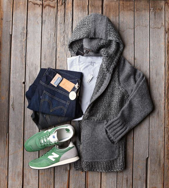 Outfit grid - Grey hooded cardigan
