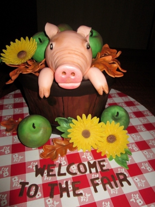 Piglet in a bucket Cake