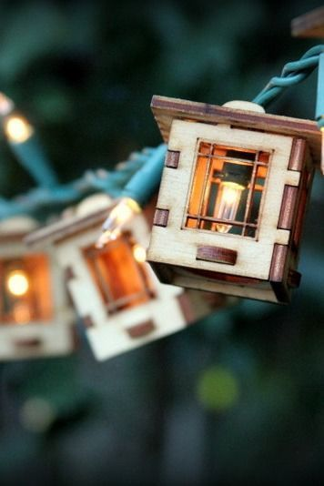 Craftsman Style Bungalow Patio String Lights. Electrolites - Craftsman Style Bungalows. Unique wooden 3D lighting. Cafe String Lights for Indoor/Outdoor Parties.