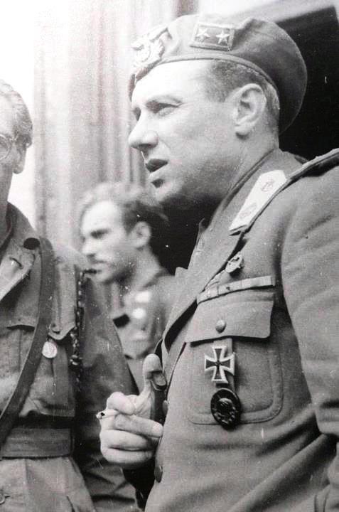 Junio Valerio Borghese, 1944