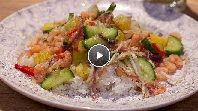 Ananas-garnalenwok - recept | 24Kitchen