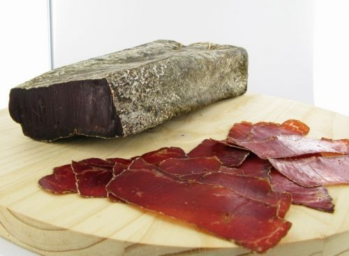 Boeuf des Grissons, Swiss air dried beef.  A delicacy you dont see very often anymore.  Serve it with cornichons.