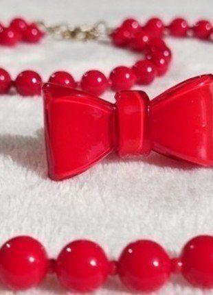 Kup mój przedmiot na #vintedpl http://www.vinted.pl/akcesoria/bizuteria/15283242-komplet-czerwonej-klasycznej-bizuterii-naszyjnik-bransoletka-i-pierscionek