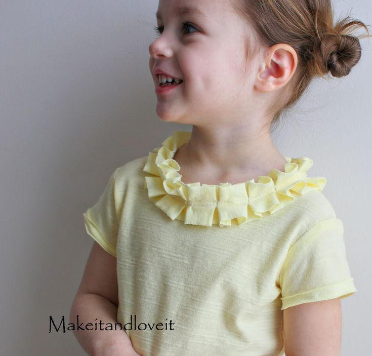 Girl's Shirt – Pleated/Ruffled Neckline | Make It and Love ItKids Shirts, Neckline Tees, Larger Shirts, Pleated Ruffles Neckline, Girls Shirts, Clever Ideas, Pleated Neckline, Ornaments, Ruffles Neckline Easy