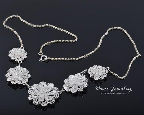 Bunga Sari Necklace - 925 Sterling Silver Filigree - Handmade Jewelry - Fashion Jewelry #etsy #rt