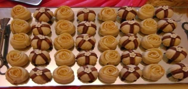 حلويات شميشة من الحلويات المغربية لذيذة الطعم وسهلة التحضير ومن هذه الحلويات كعب الغزال والبانكيك كعب الغزال مكونات العجين Mini Cupcakes Desserts Sweets