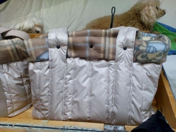 borsa porta cane, tg piccola, con interno in pile, fatta a mano