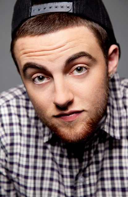 "people always post pictures of really ""hot"" guys on here saying yumm... WELL THIS IS MY YUM! <3 MAC MILLER <3"