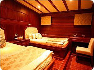 la d coration interieure pour yacht bateau goulette bodrum turquie interieur bateau. Black Bedroom Furniture Sets. Home Design Ideas