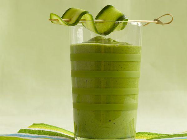 Green Goddess Smoothie http://www.prevention.com/food/cook/summer-smoothie-recipes/slide/2